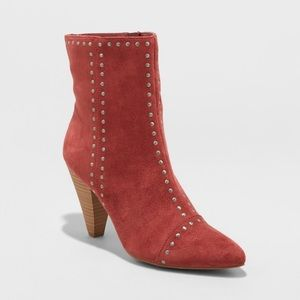 Universal Thread/Target Rust Studded Lona Booties